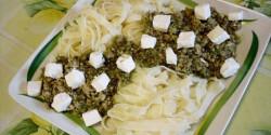 Spenótos-pestós darált hús szélesmetélttel