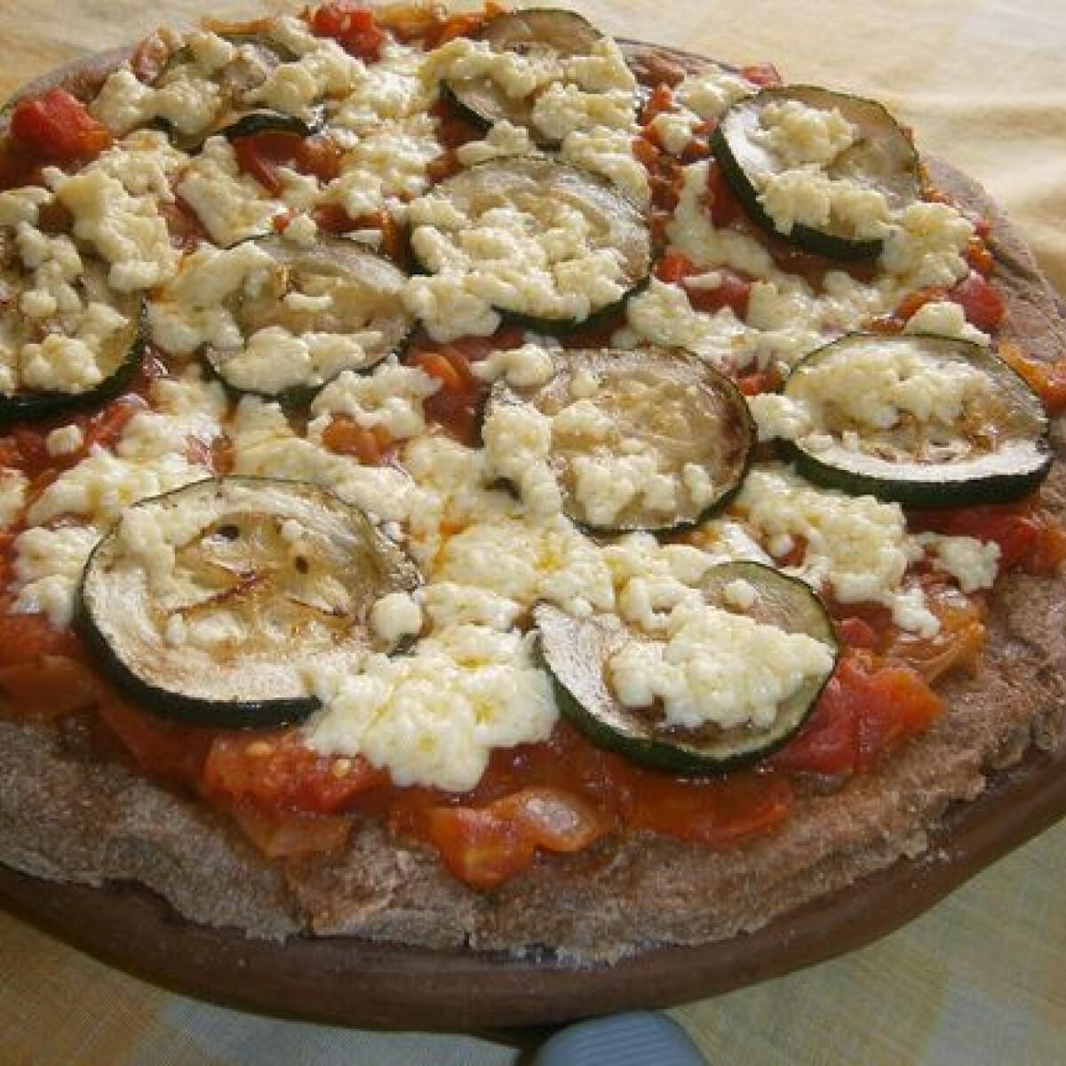 Gázrózsán sült vastagtésztás fitness pizza