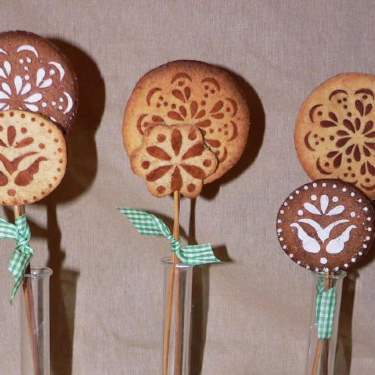 Ezen a képen: Mintás keksznyalókák
