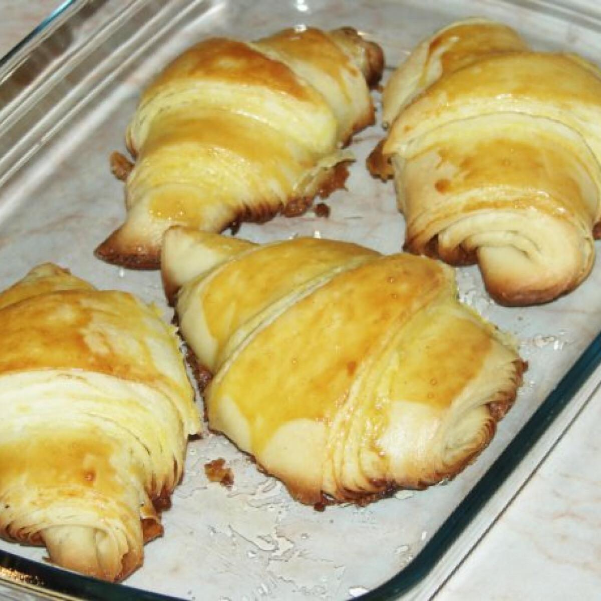 Ezen a képen: Francia croissant perec konyhájából