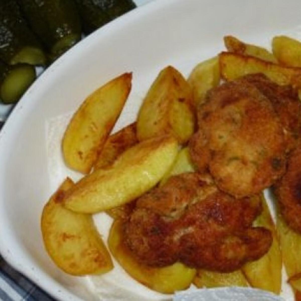 Ezen a képen: Rántott sertésvelő sült krumplival