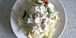 Almaecetes-joghurtos zöldsaláta