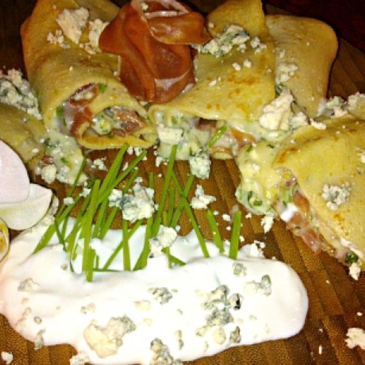 Palacsinta serrano sonkával és sajtkrémmel