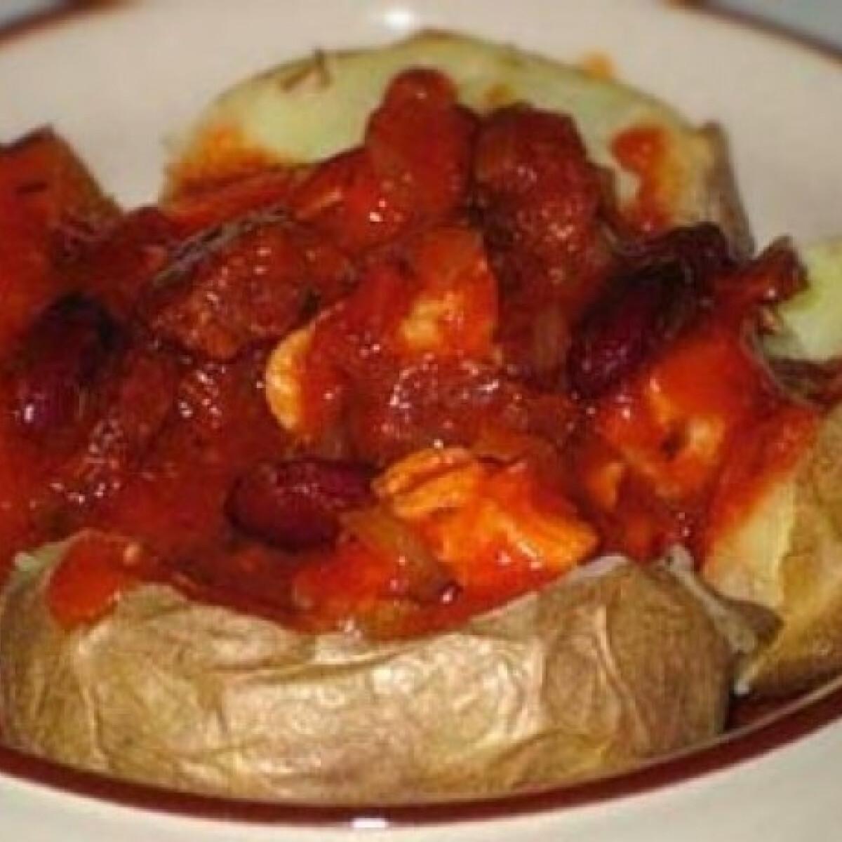 Ezen a képen: Babos csirkeragu sütőben sült burgonyával