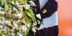 Avokádós sült cékla saláta
