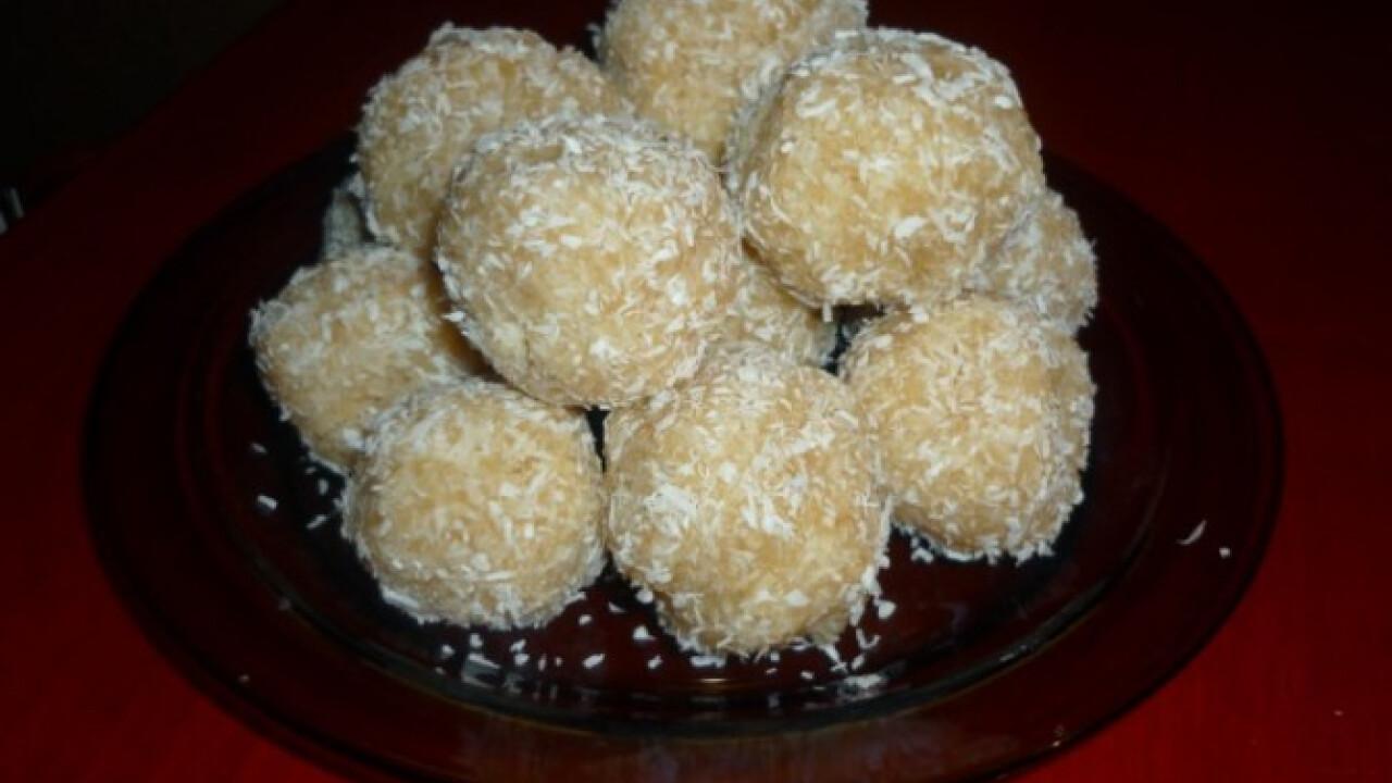 Főzött kókuszos kekszgolyó