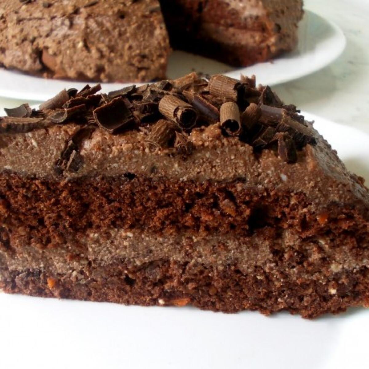 Ezen a képen: Csokis répatorta