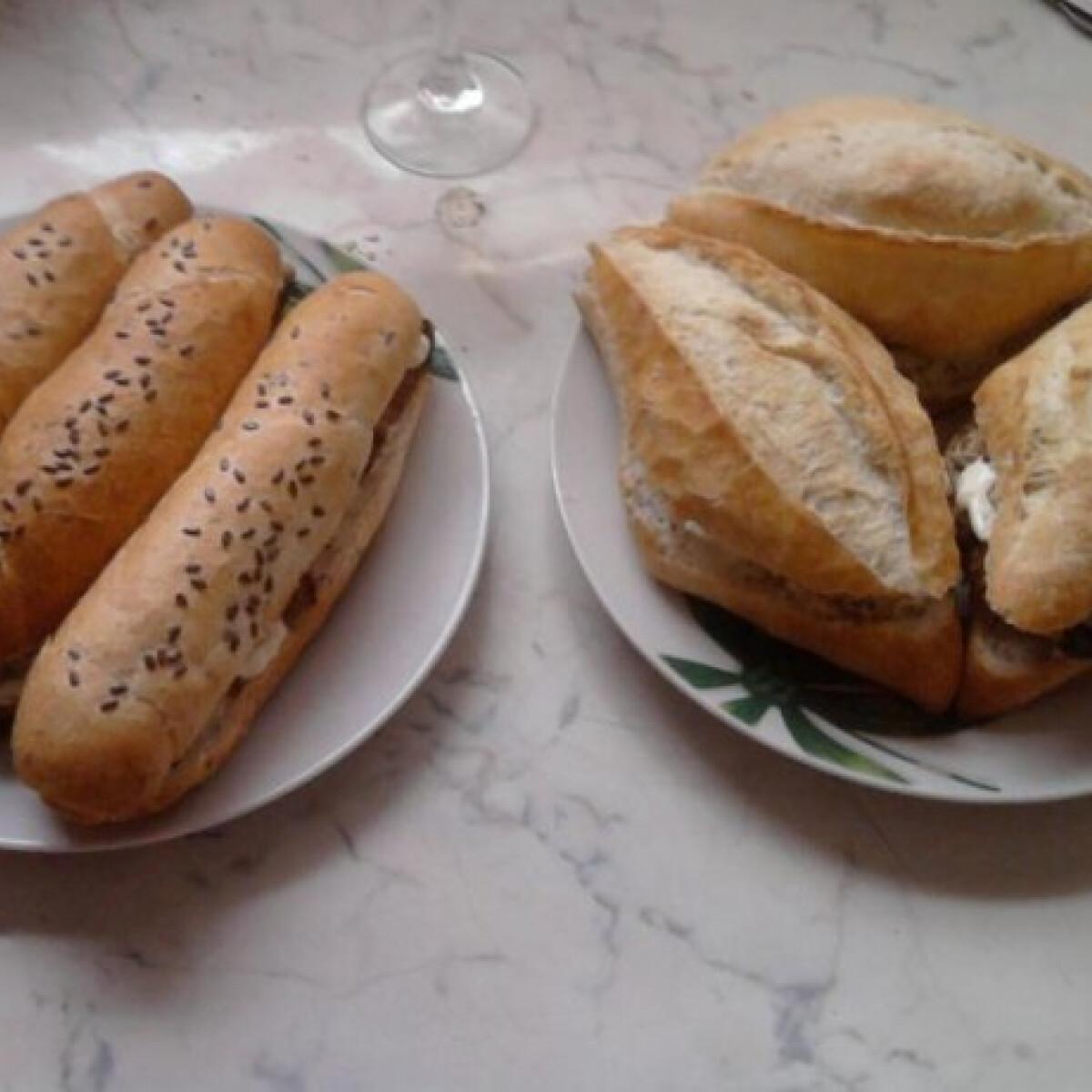 Ezen a képen: Darált húsos szendvics