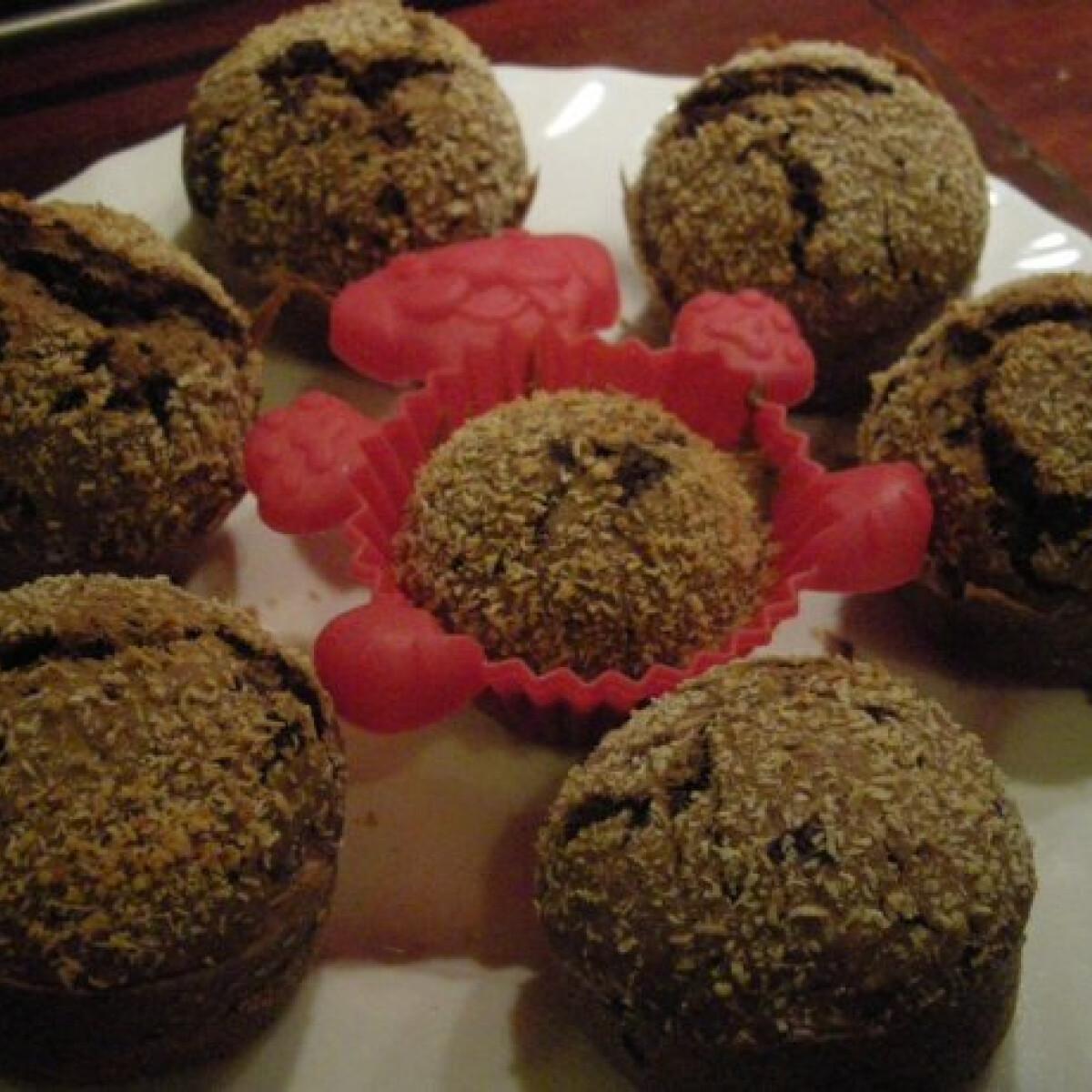 Ezen a képen: Kávés-kókuszos muffin csoki darabokkal