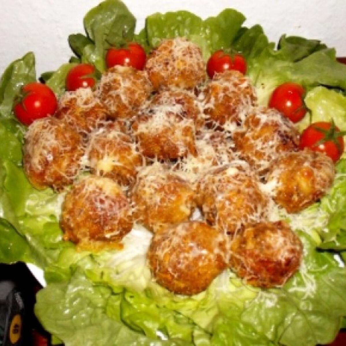 Ezen a képen: Sajtos fasírt vujutka konyhájából