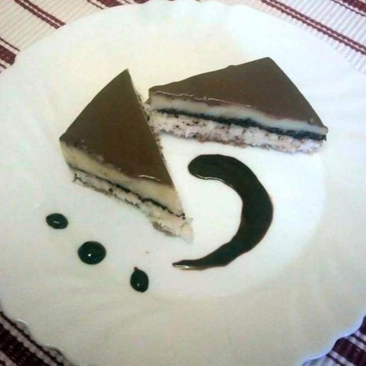 Ezen a képen: Kókuszdiós liszt nélküli süti
