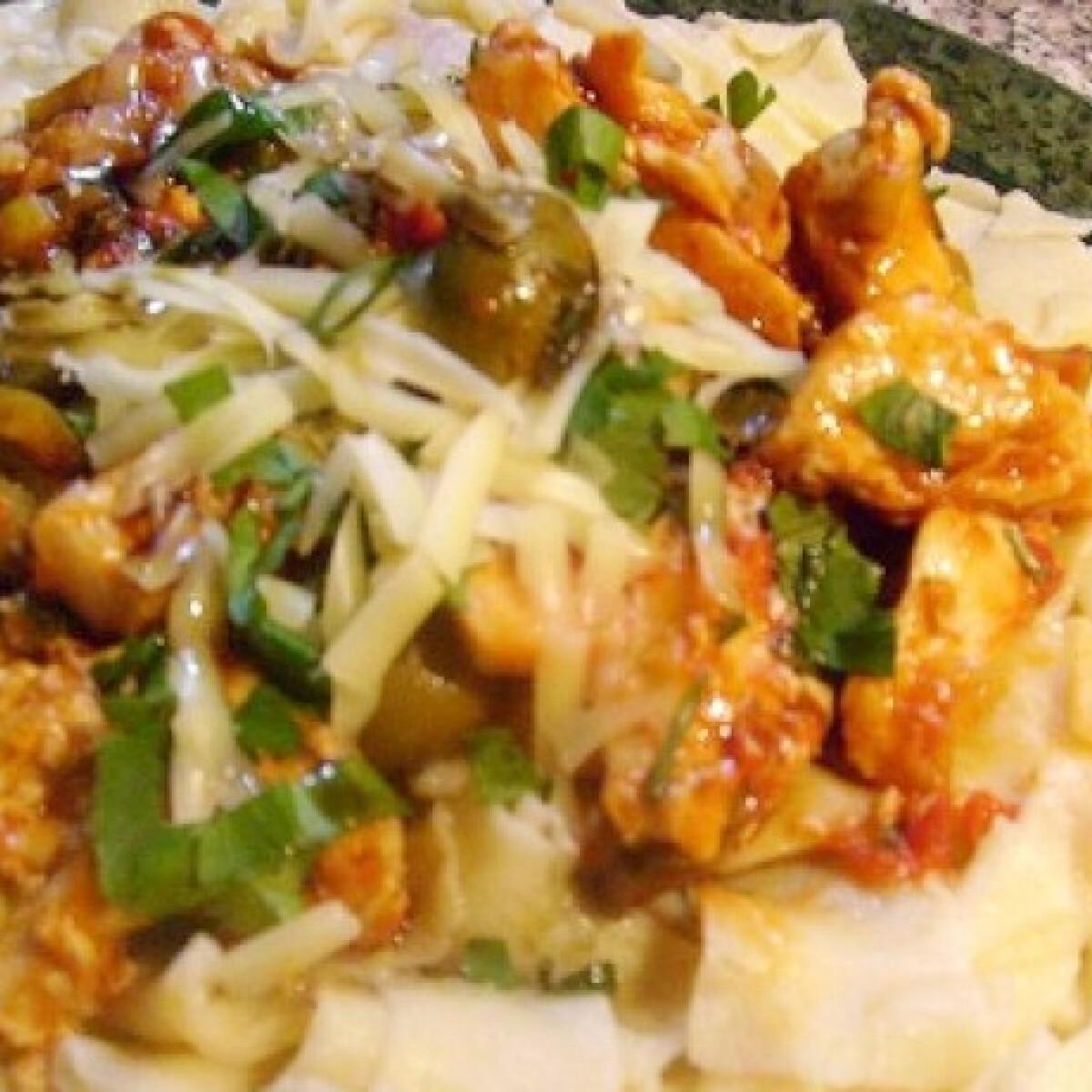 Ezen a képen: Olaszos csirkemell házi pappardelle tésztával