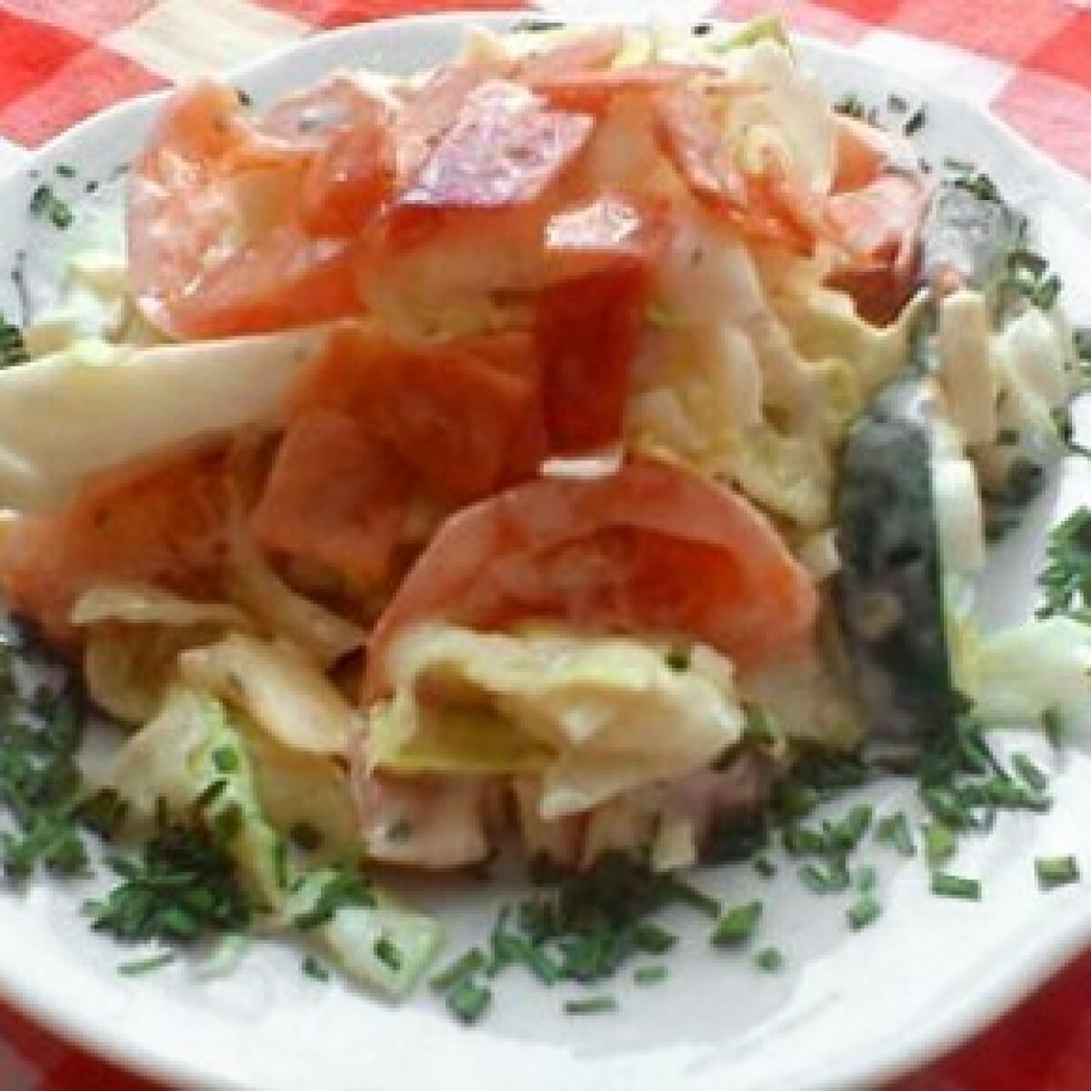 Ezen a képen: Zalán saláta