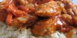 Bundázott kínai csirkemell szecsuáni mártásban
