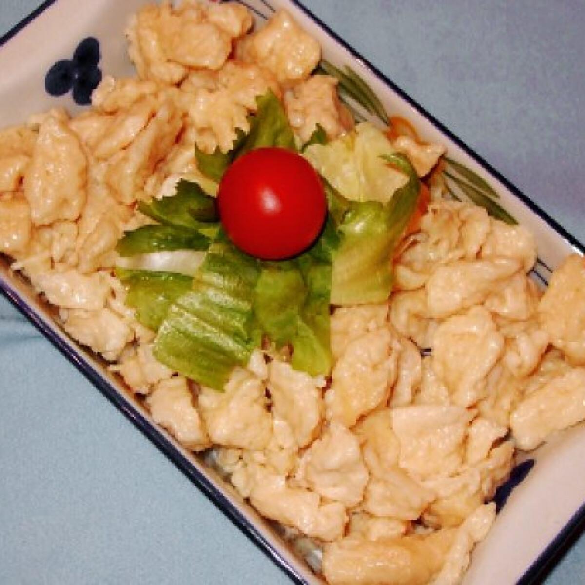 Ezen a képen: Galuska Ágicámdrágám konyhájából