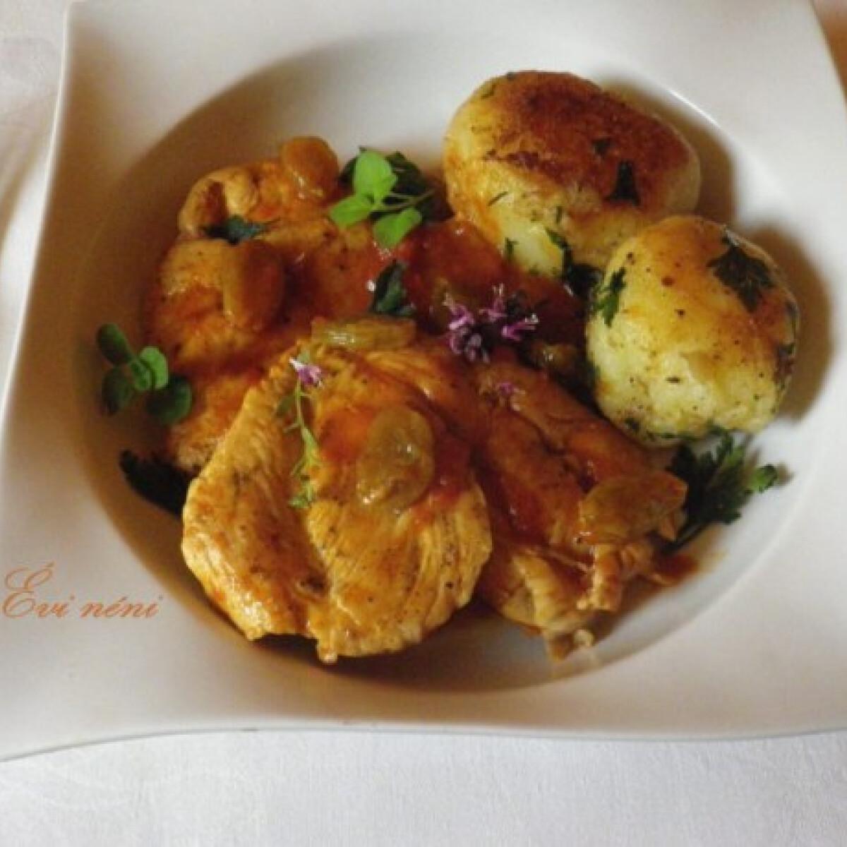 Ezen a képen: Csirke mazsolával