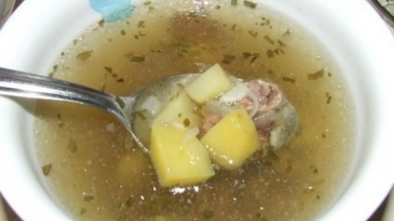 Tárkonyos leves csirkeszívvel
