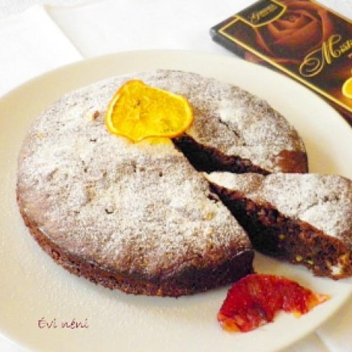 Narancsos-csokoládés torta Évi nénitől