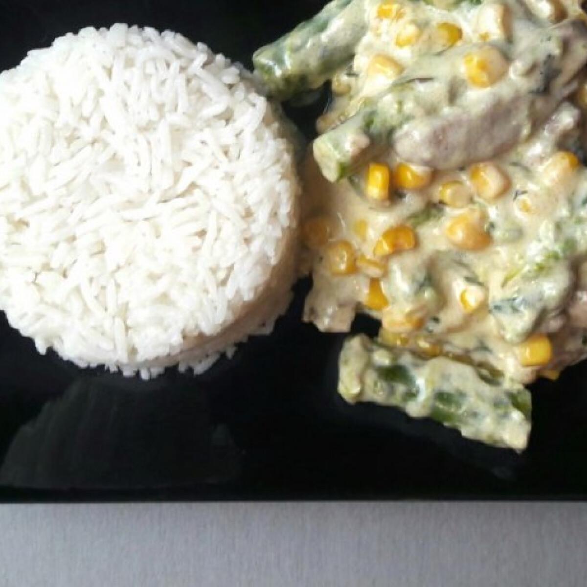 Spárgás-kukoricás sertésszűz rizzsel
