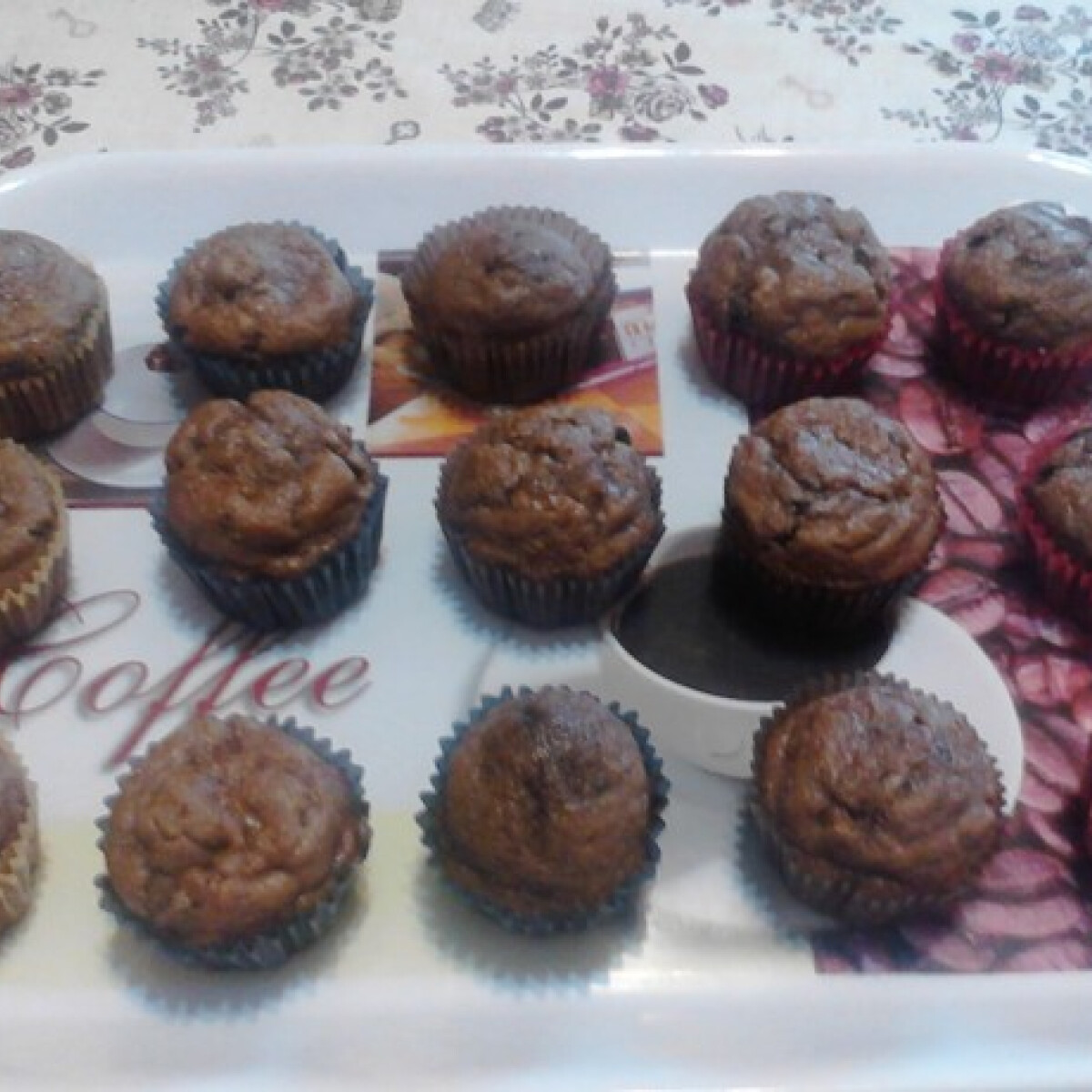 Ezen a képen: Csokis-banános muffin Karolina konyhájából