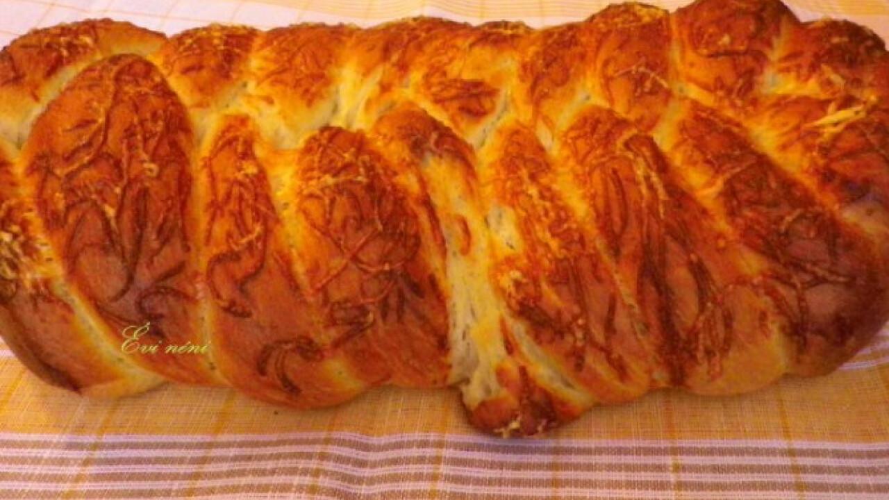 Sajtos fehér kenyér