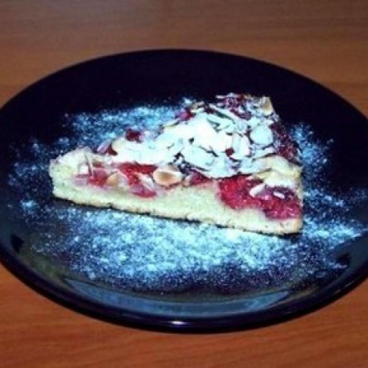 Ezen a képen: Málnás-mandulás torta diétásan