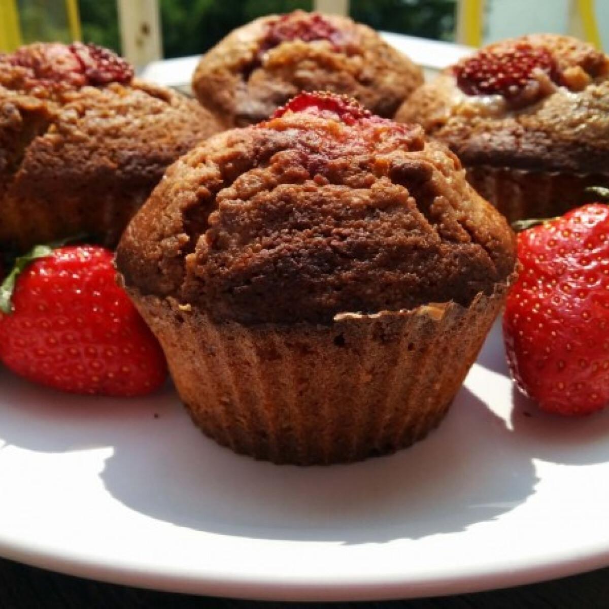 Ezen a képen: Cukormentes citromos-epres muffin