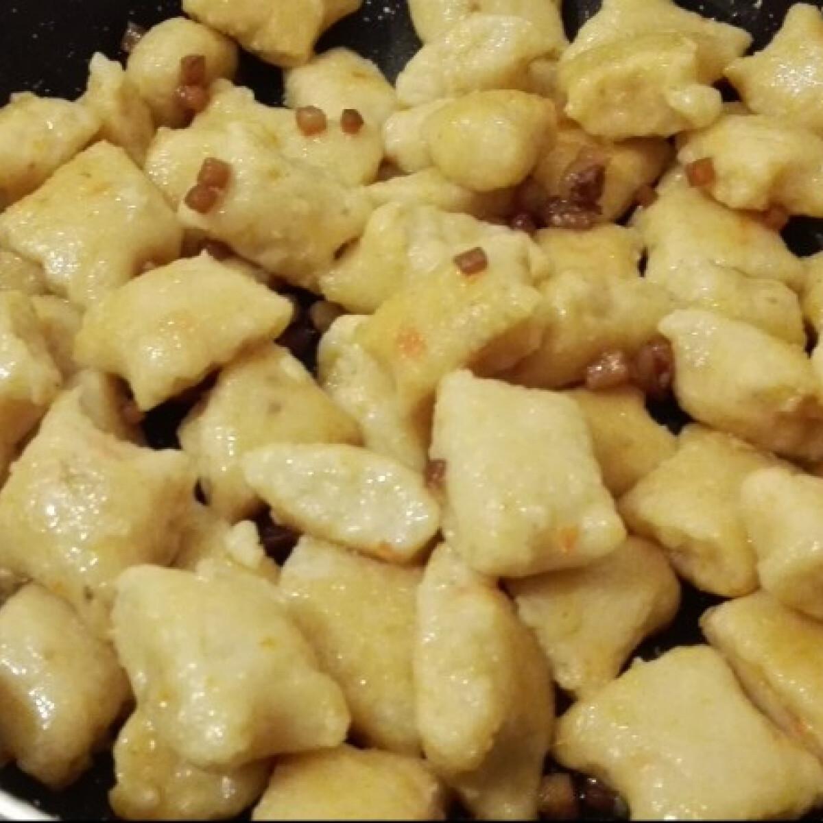 Ezen a képen: Szalonnás gnocchi