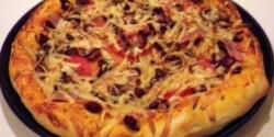 Vörösbabos pizza