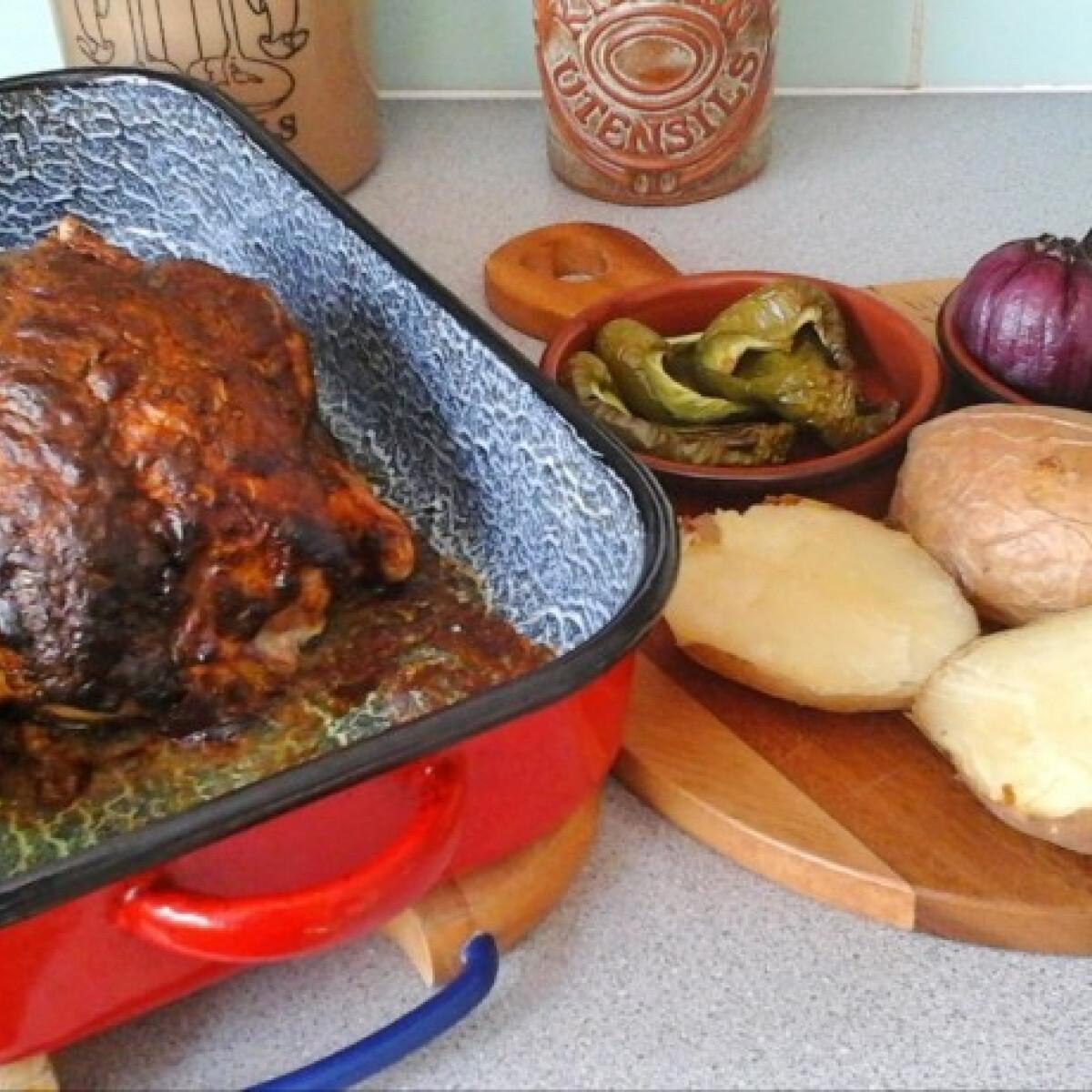 Ezen a képen: Mustáros fűszeres csirkesült