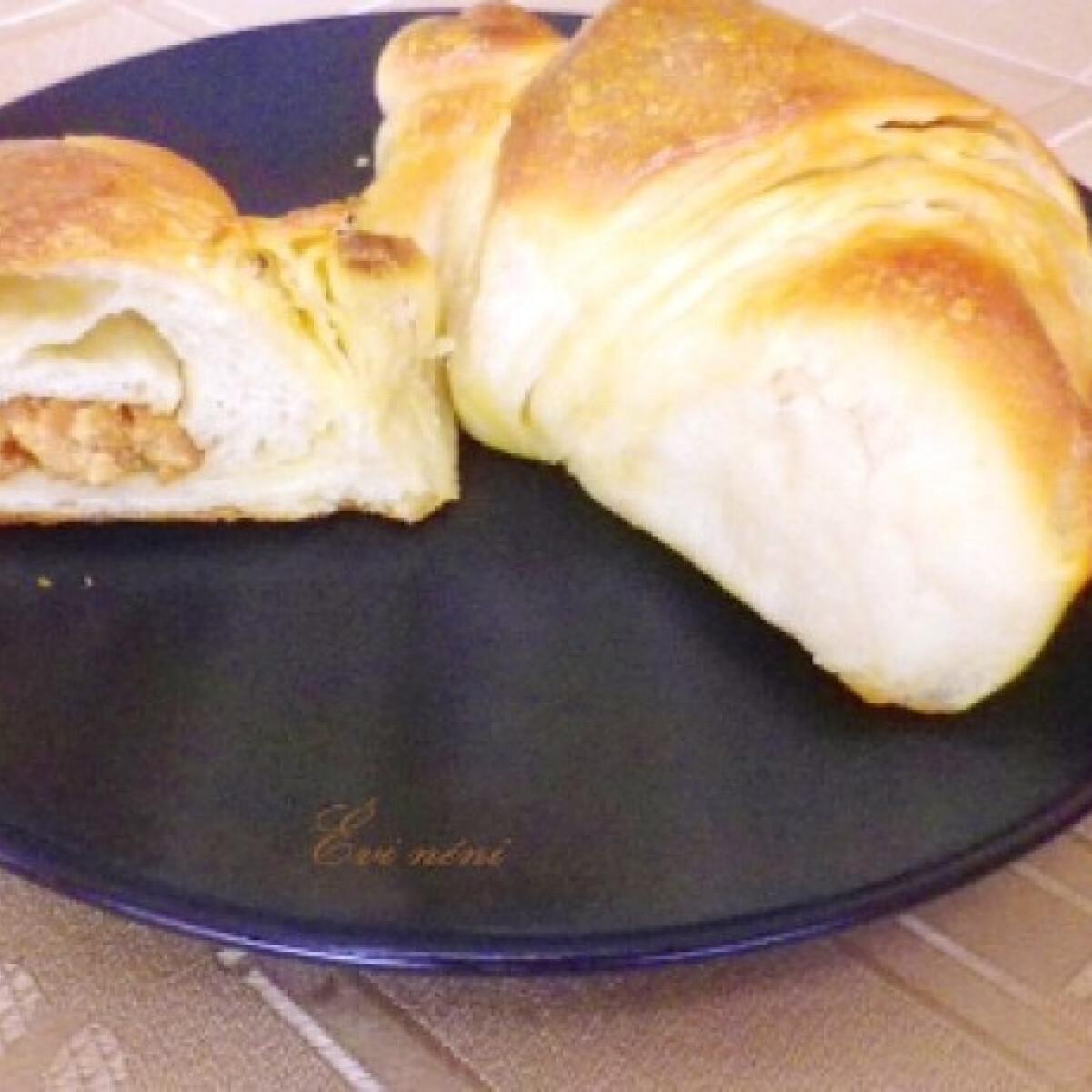 Ezen a képen: Mogyoróvajas croissant