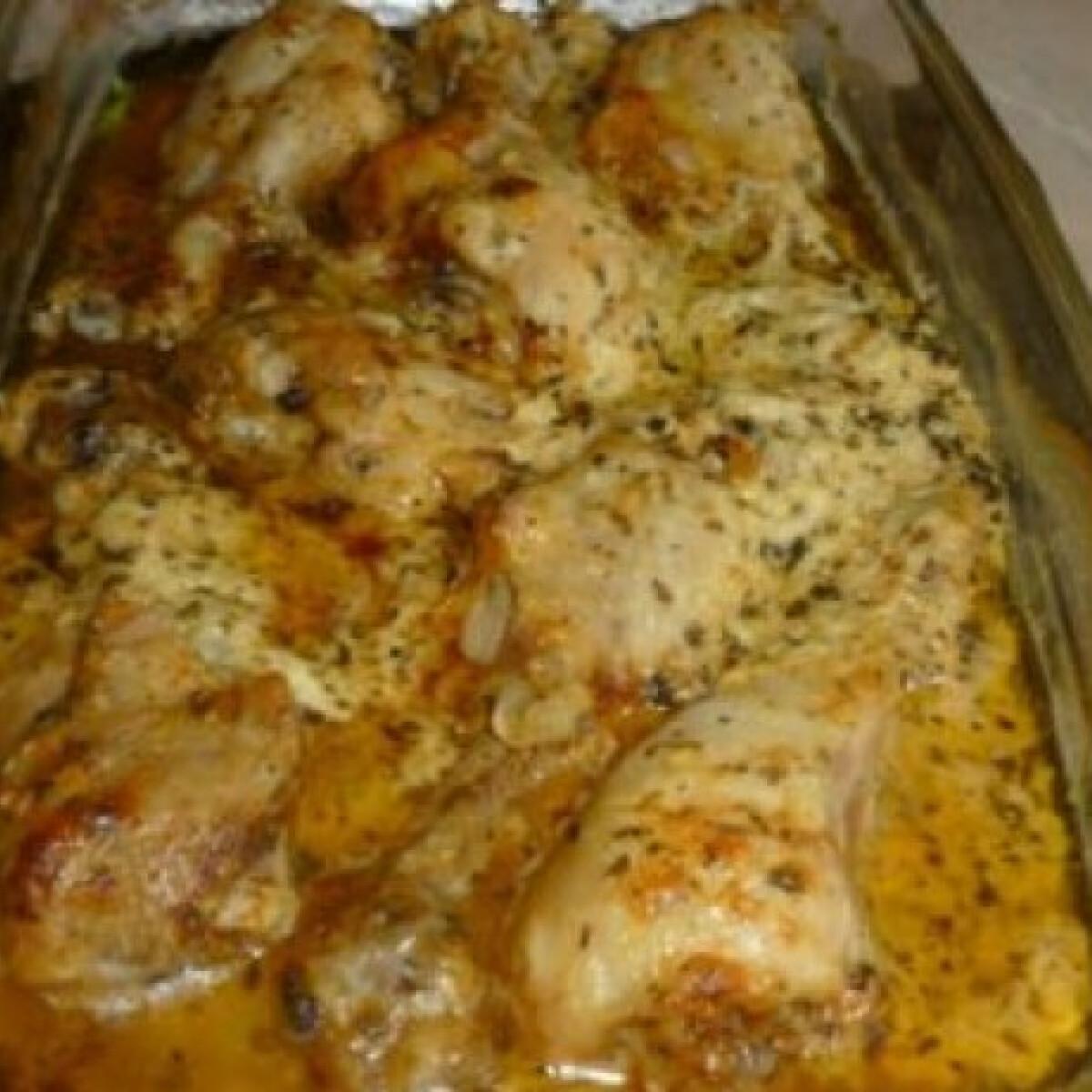 Ezen a képen: Mascarponés-bazsalikomos csirkecomb