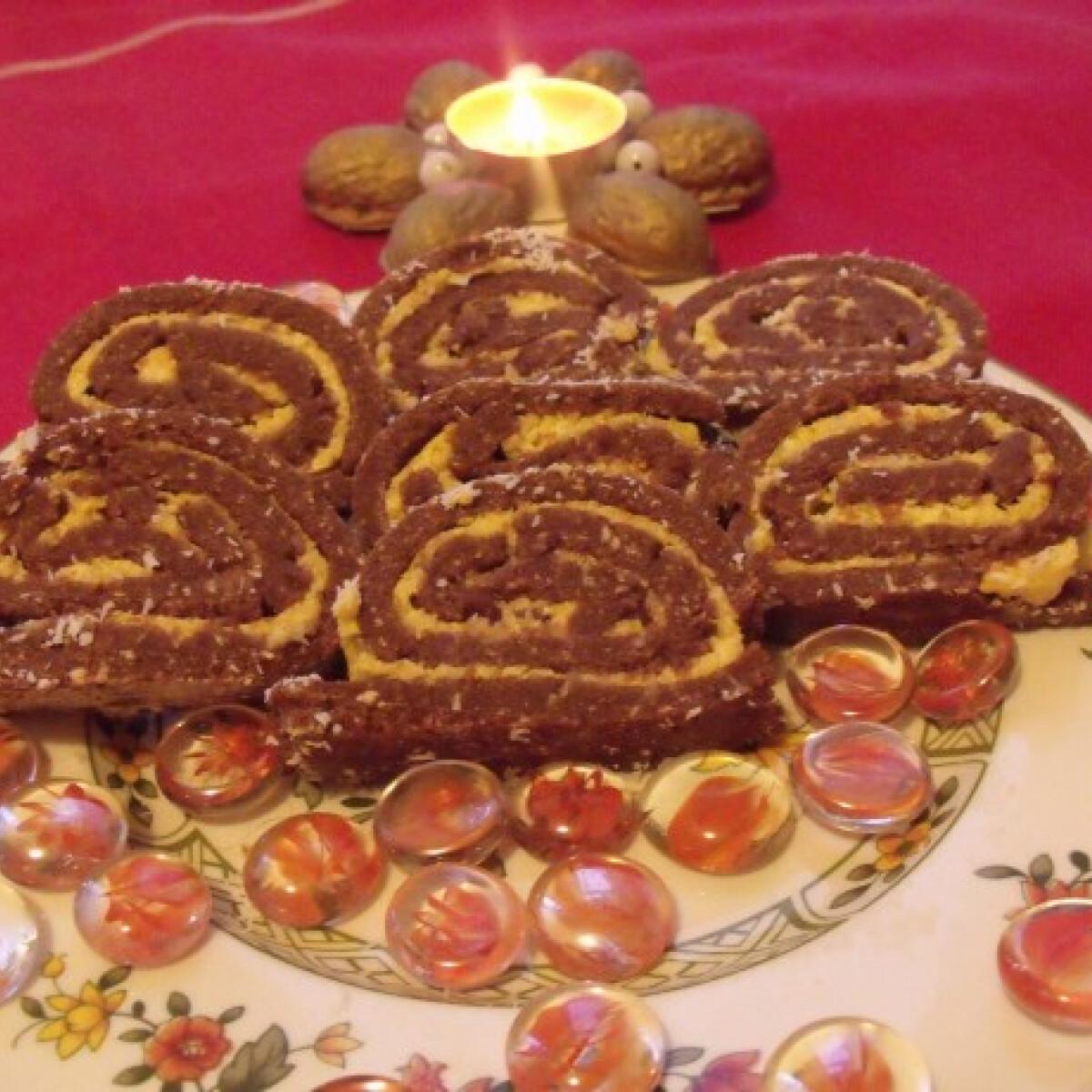Ezen a képen: Kókuszos keksztekercs Györgyitől