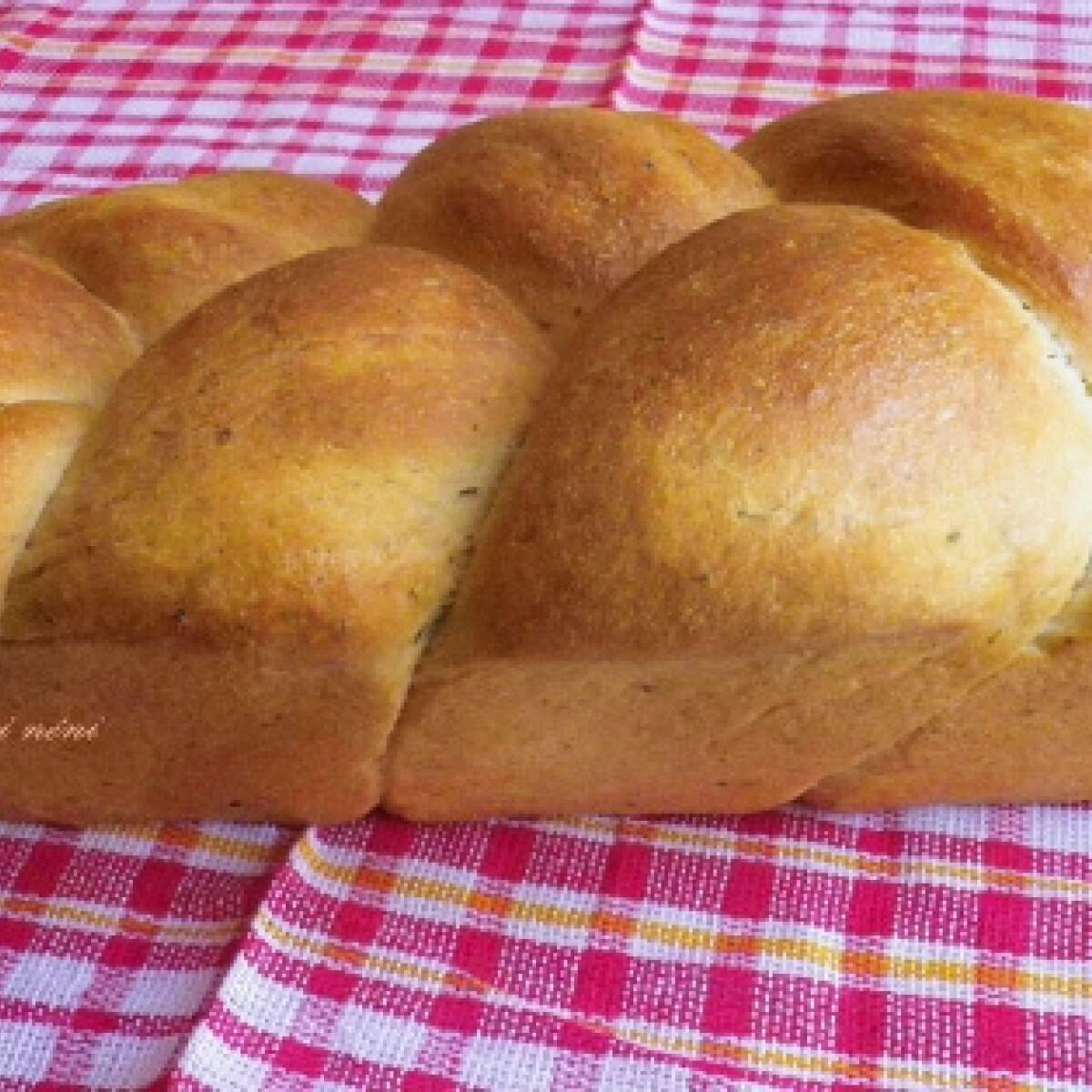 Ezen a képen: Írós kenyér