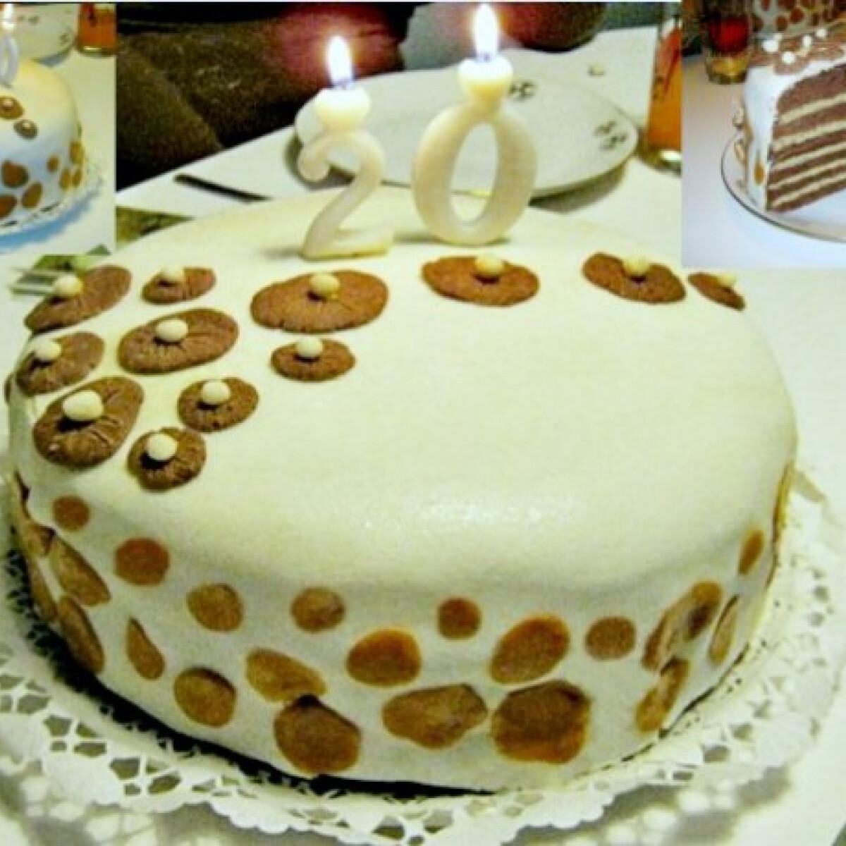 Ezen a képen: Fondantos vaníliakrémes torta