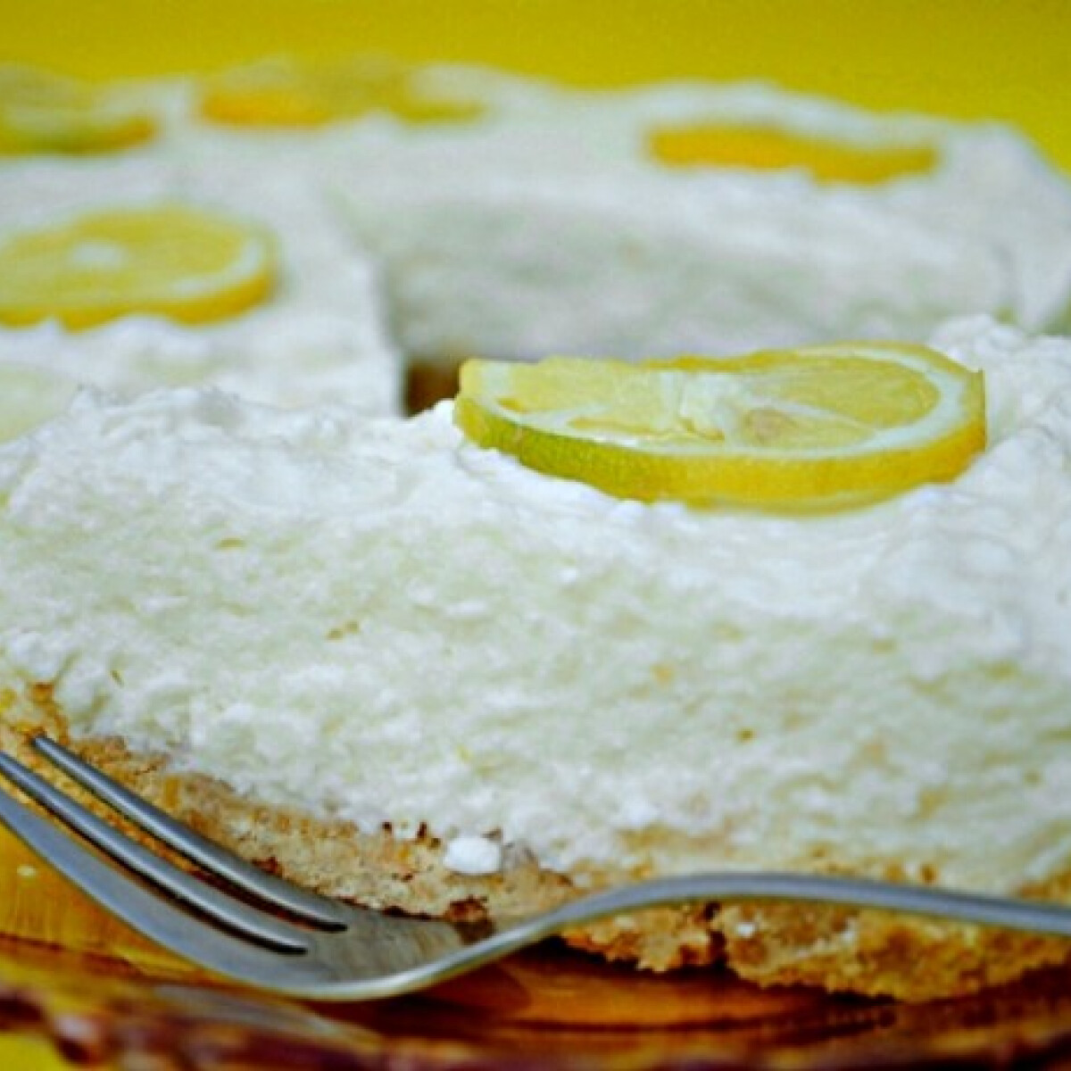 Ezen a képen: Sütés nélküli citromtorta