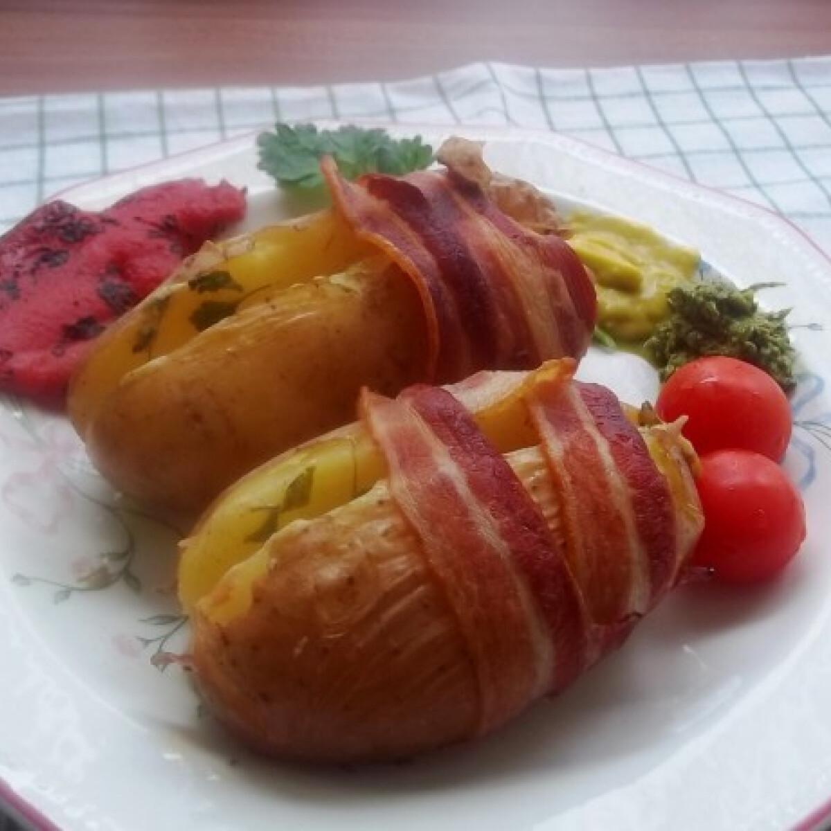 Ezen a képen: Petrezselymes sajtkrémmel töltött újkrumpli