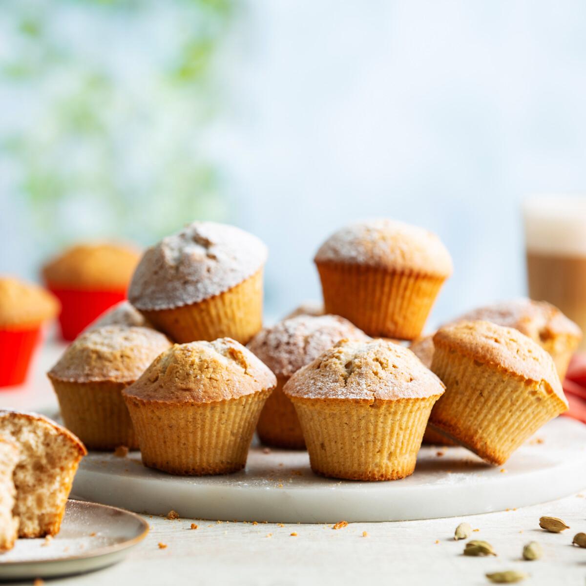 Ezen a képen: Mézeskalácsos muffin Philips Airfryerben készítve