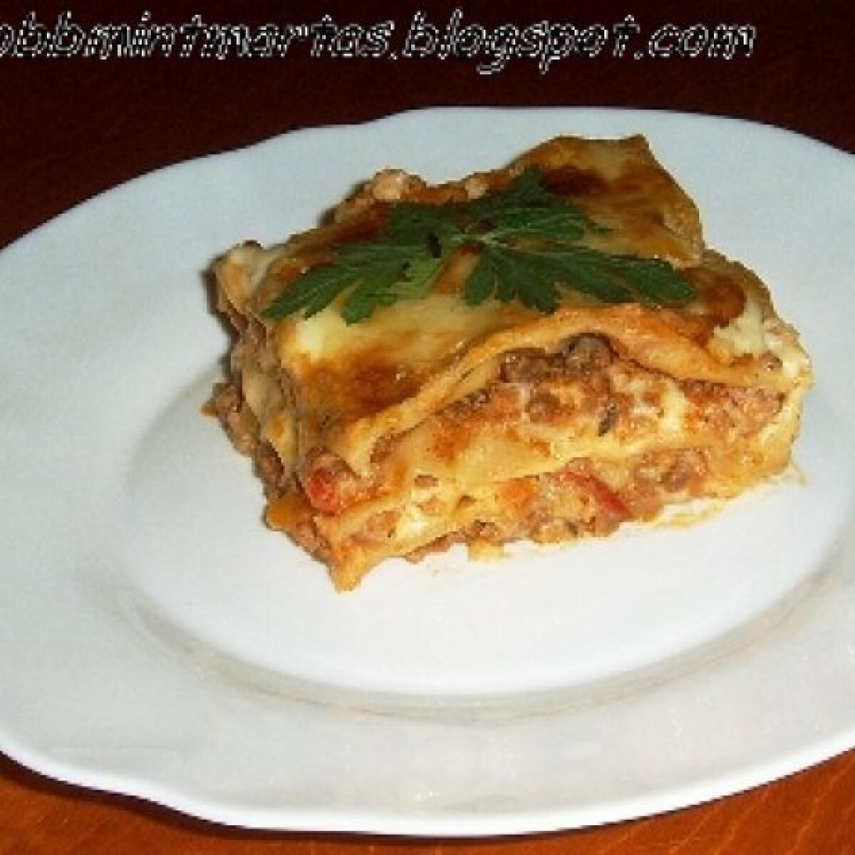 Ezen a képen: Bolognai lasagne házitésztával