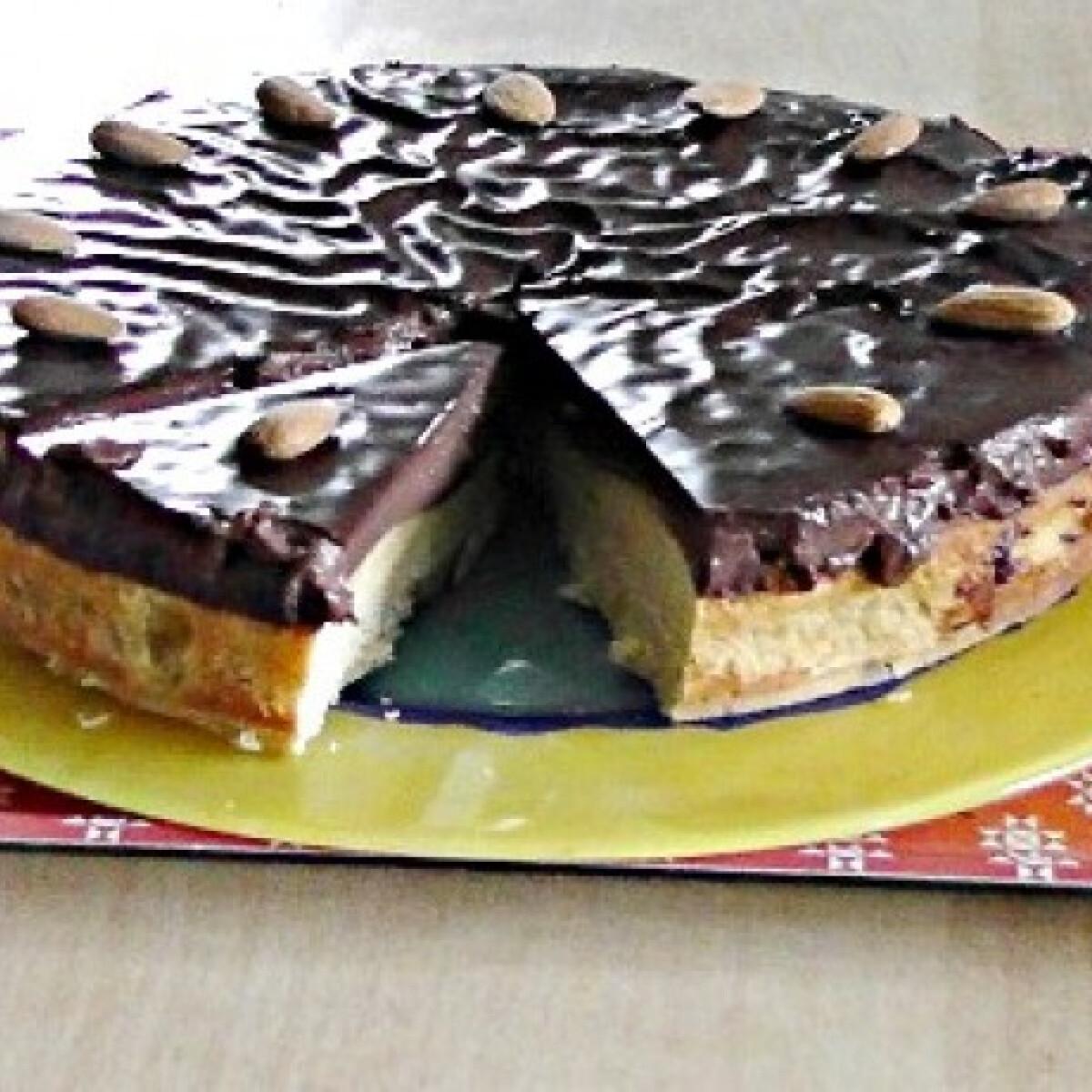 Ezen a képen: Daratorta csokikrémmel alaprecept