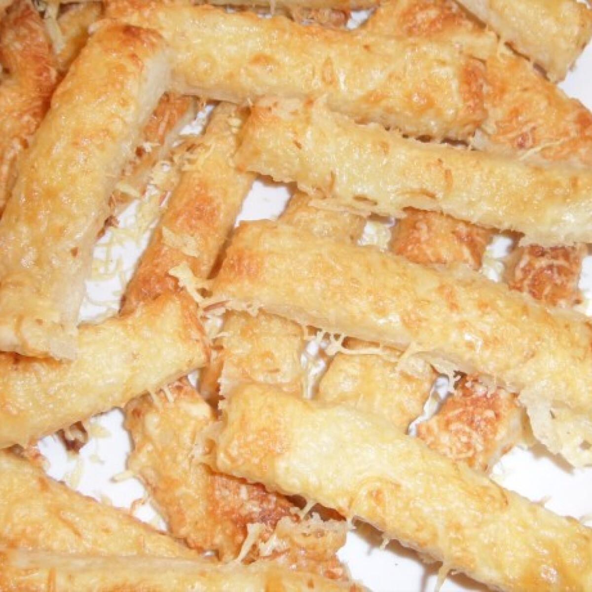 Ezen a képen: Sós-sajtos rudak
