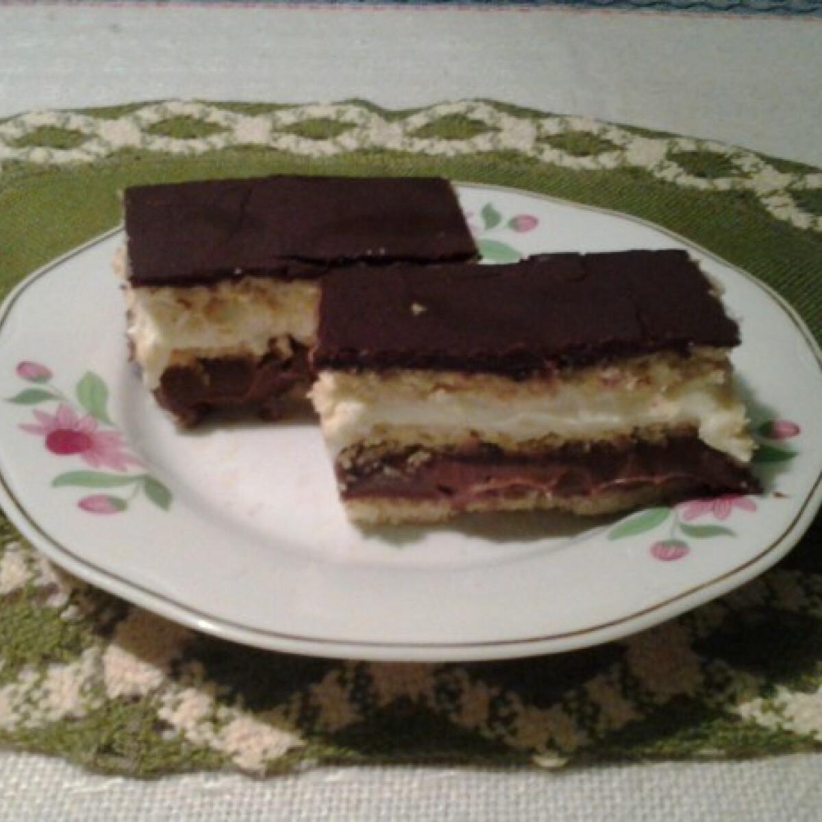 Ezen a képen: Csokis citromos szelet Angie-tól