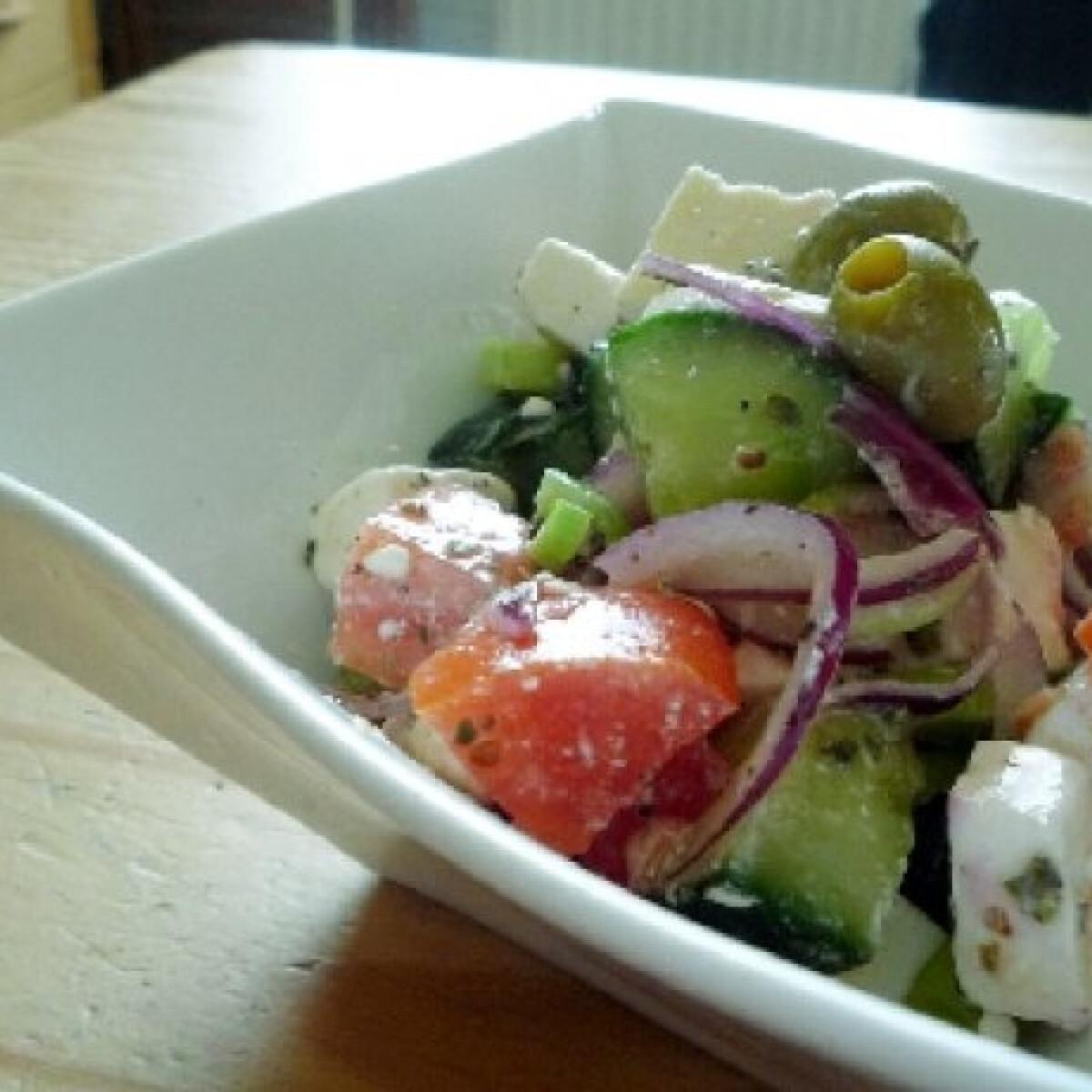 Ezen a képen: Görög saláta Norbi konyhájából
