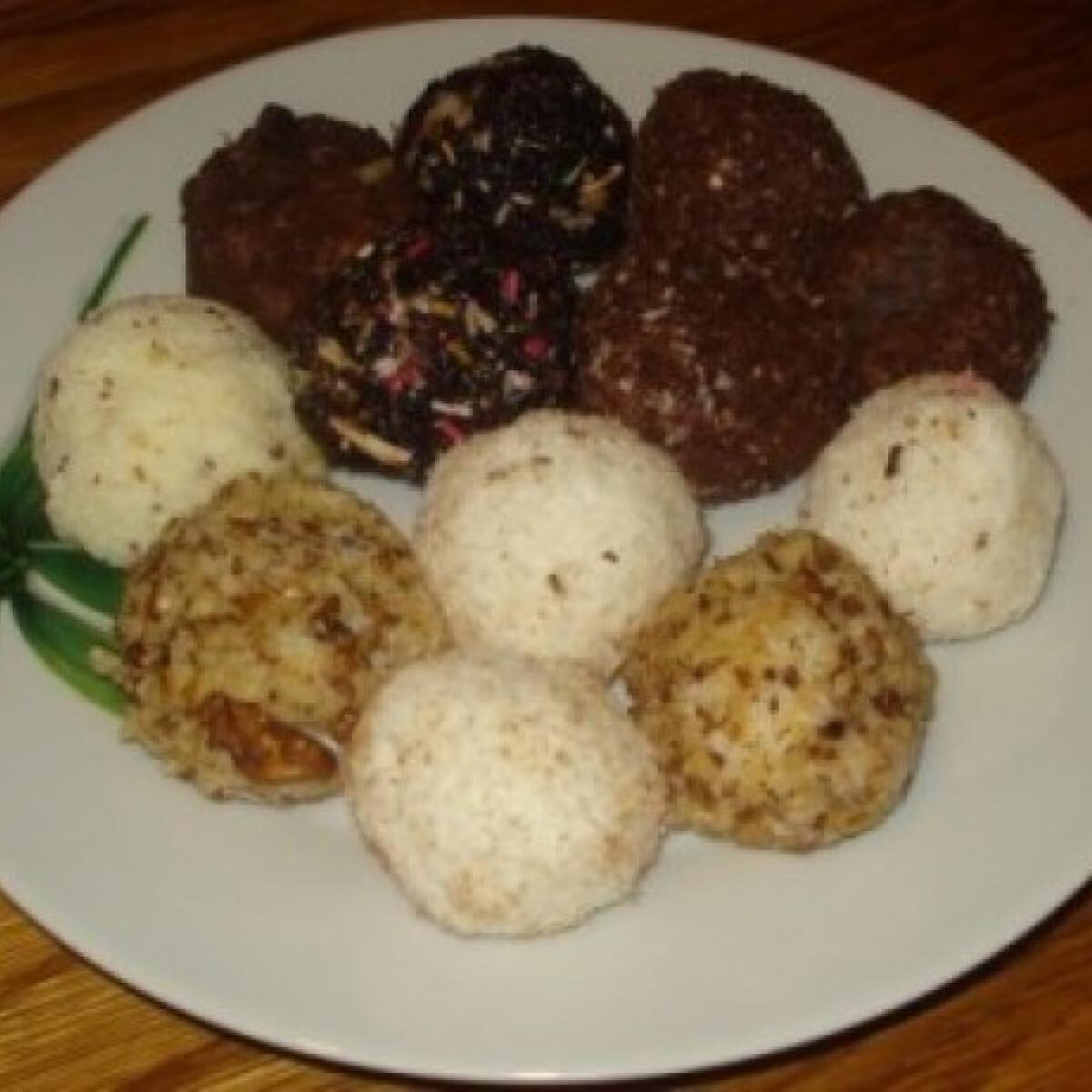 Ezen a képen: Fehér csokoládés rizsgolyók