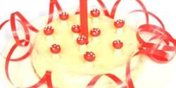 Szülinapi torta babáknak