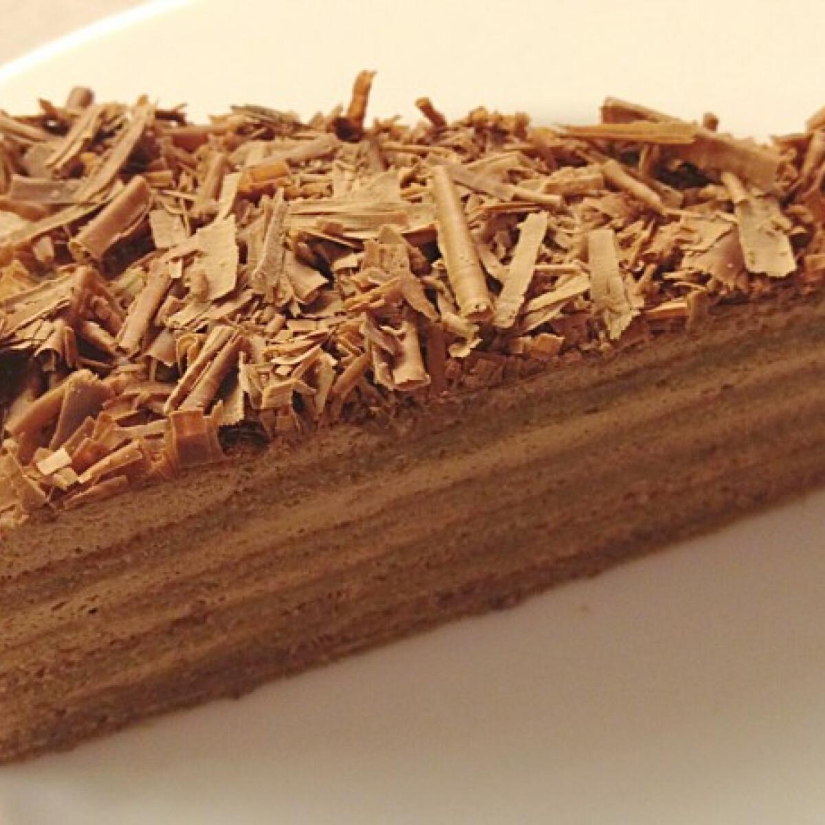 Ezen a képen: Egyszerű trüffel-torta