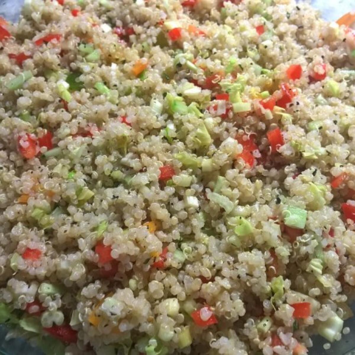 Ezen a képen: Quinoa tabbouleh