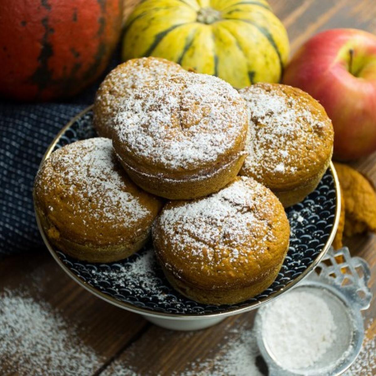 Fűszeres sütőtökös-almás muffin
