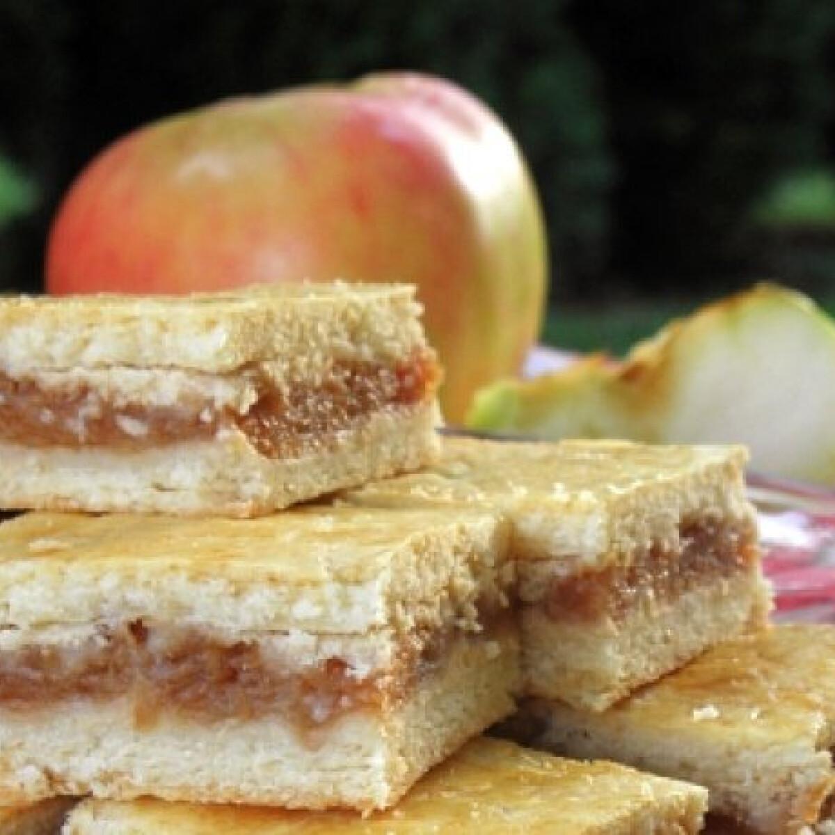 Ezen a képen: Almás vagy meggyes pite