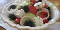 Görög saláta Éva konyhájából